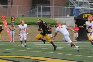 Senior Captain Running back Jeffrey Dubose scored a touchdown in Gustavus' 28-21 win over Simpson College. Gustavus Sports Information