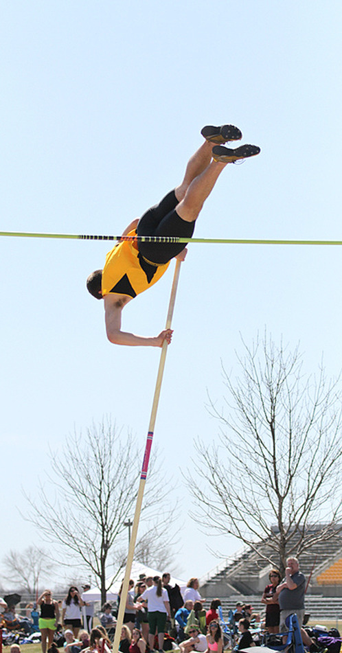 Senior Josh Owens took fourth place in the pole vault at The Meet Of The UnSaintly with a vault of 15-feet 9.75 inches. <em>Gustavus Sports Information</em>