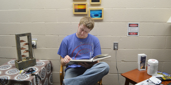 Student Jamie Brooks enjoys the Relaxation Room on a study break. McKayla Murphy