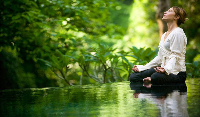 Hastings-Ereth argues that meditation is a beneficial way to decrease levels of anxiety and help lower stress levels.