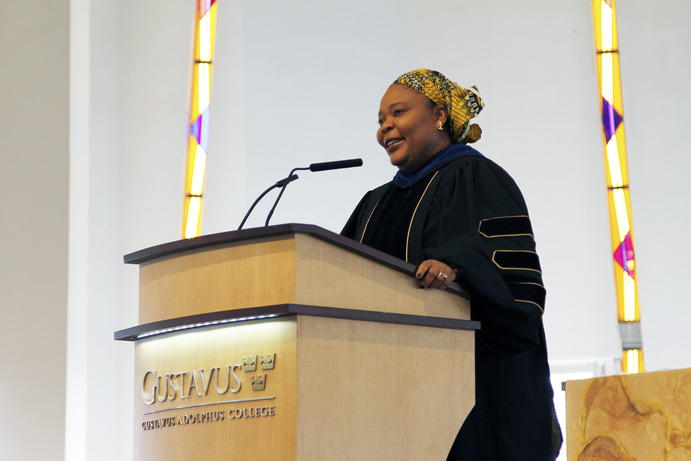 Nobel Peace Prize winner Leymah Gbowee gave the MAYDAY! talk on Gender, Justice and Peacebuilding.